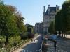 Emilie-Tuileries6.jpg