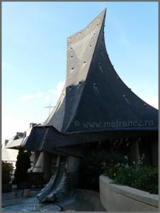 Церковь Святой Жанны д'Арк