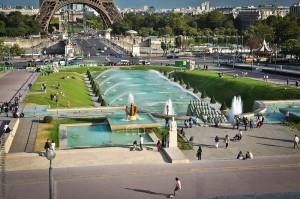 варшавский фонтан в париже
