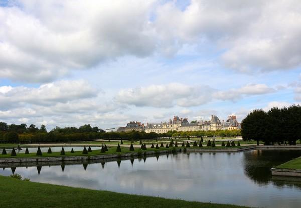парк дворца фонтенбло