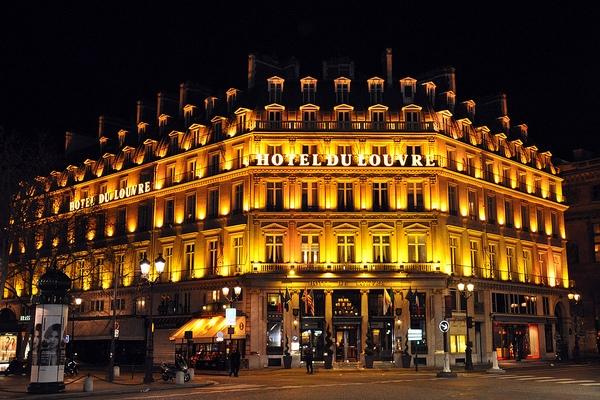 гостиница du louvre в париже