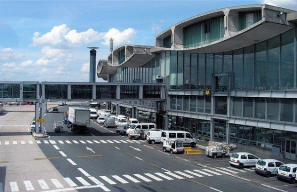 •Аэропорт «Париж — Шарль-де-Голль»