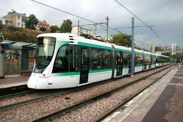 трамваи в париже
