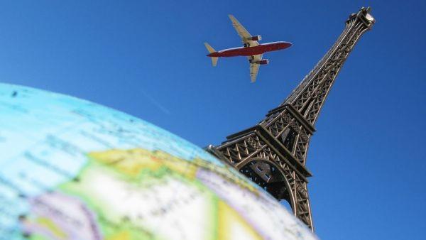 авиабилеты Москва Париж